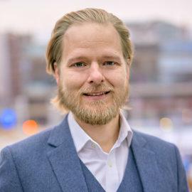 Alexander Helling